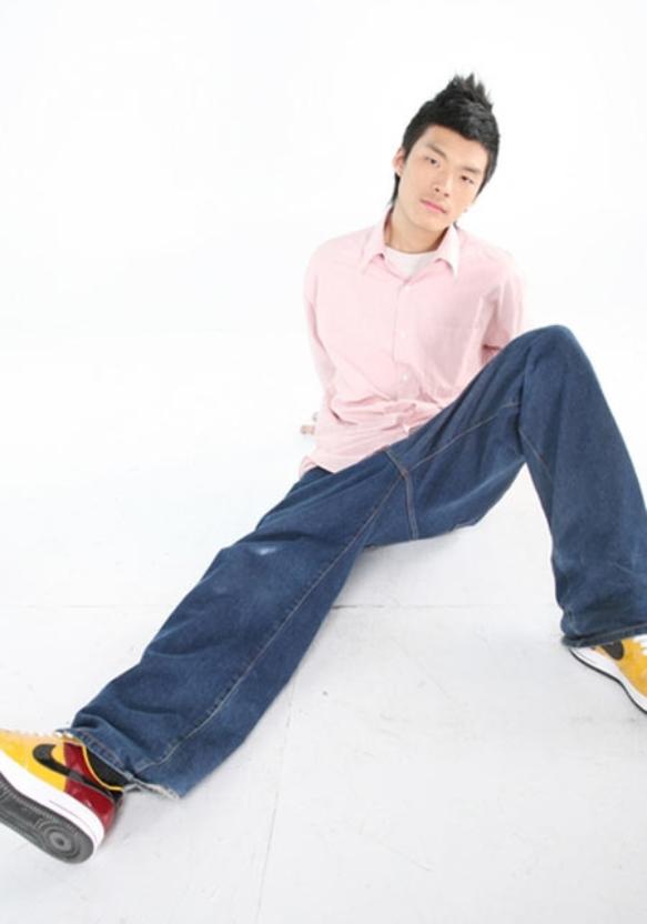 刘明峰 个人资料 写真照